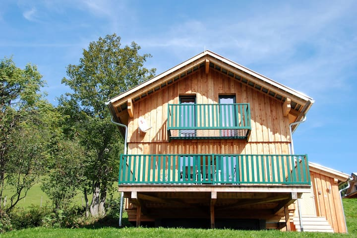 Homey Chalet with Fenced Terrace, Garden and Ski Boot Heater