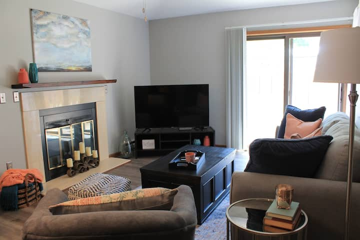 Extended Stay Condo Ideally Located for Business