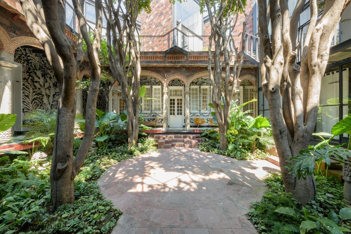 Habitación privada en Casa Mariscal, zona céntrica. Cómoda, práctica y acogedora