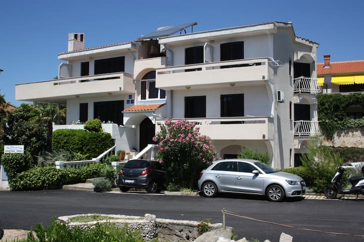 En-Suite Room Helena °7 close to the Beach