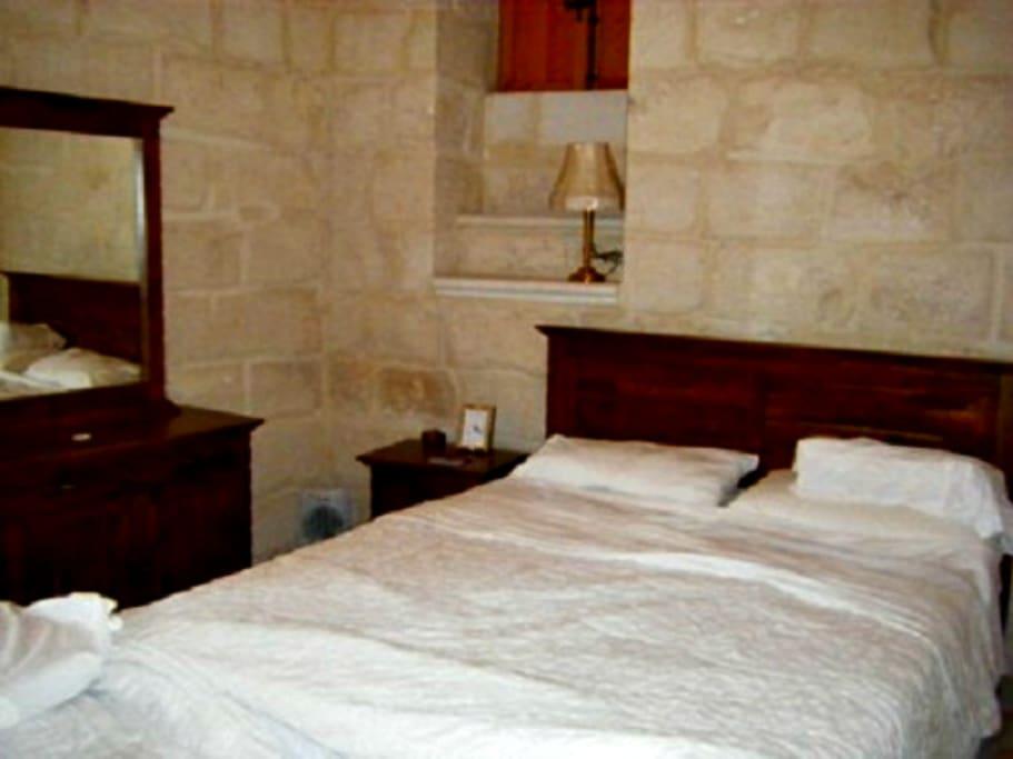 Imgarr Farmhouse 3 Bedroom -  Air-condition - Outdoor Pool - Jacuzzi - Sleep 6/8