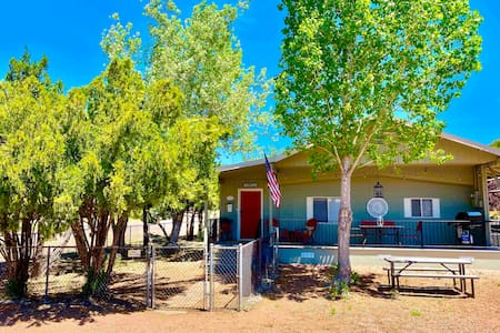 Fully Updated, Fenced Yard in Heart of Payson!