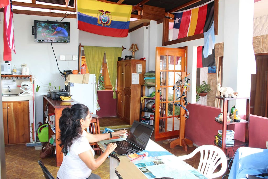 puerto ayora buddhist dating site Destinations quito & the astonishing galapagos (en-route to puerto ayora hotel) home of a famous crafts market dating back to pre-incan times.