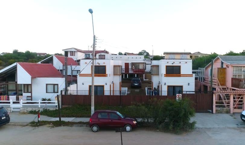 Guanaqueros Mediterraneo III