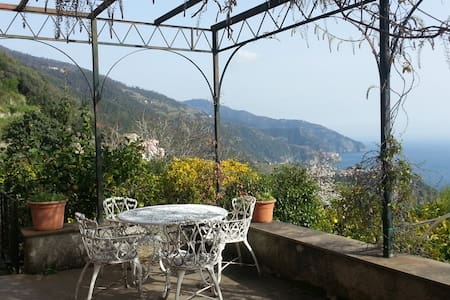 Charming Romantic Villa - Vernazza