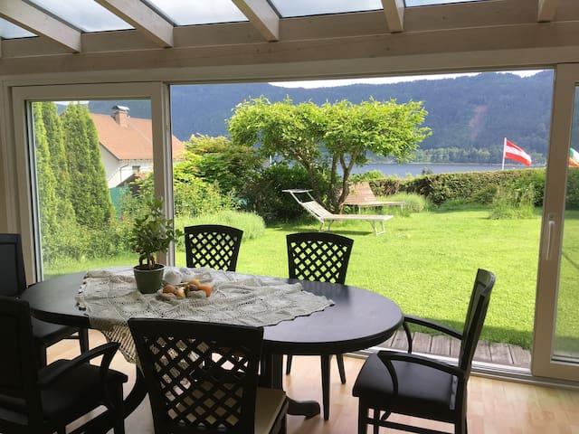 Sattendorf am Ossiacher See mit Aussicht