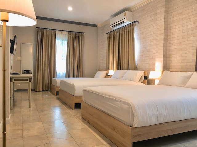 3Beds @ Sukhumvit36 >> 9 min walk to BTS Thonglor