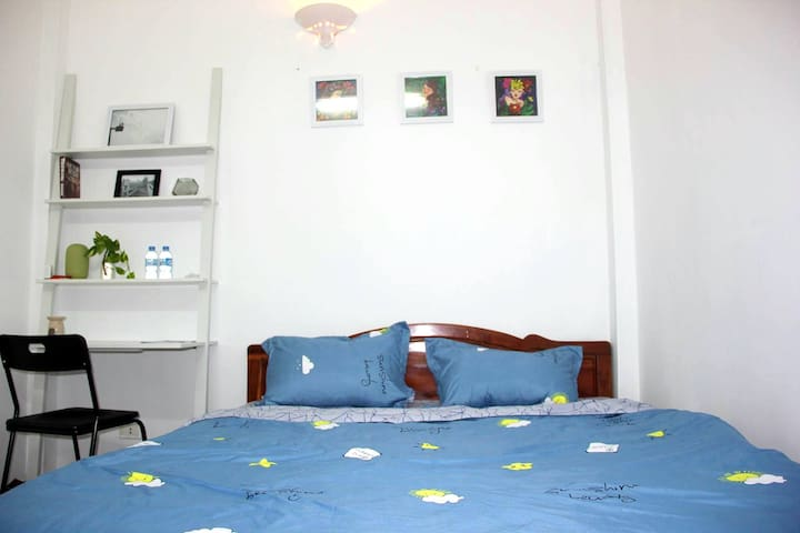 Charming room in lovely house_BIG DISCOUNT