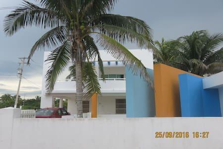 HEYMO  casa de las Gimnastas - Telchac Puerto