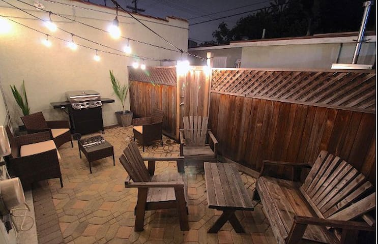 Fully Renovated 2BD House w Patio / Washer Dryer!