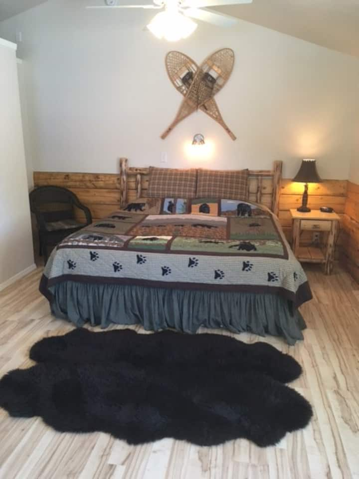 Foraker Cabin (Denali Fireside)