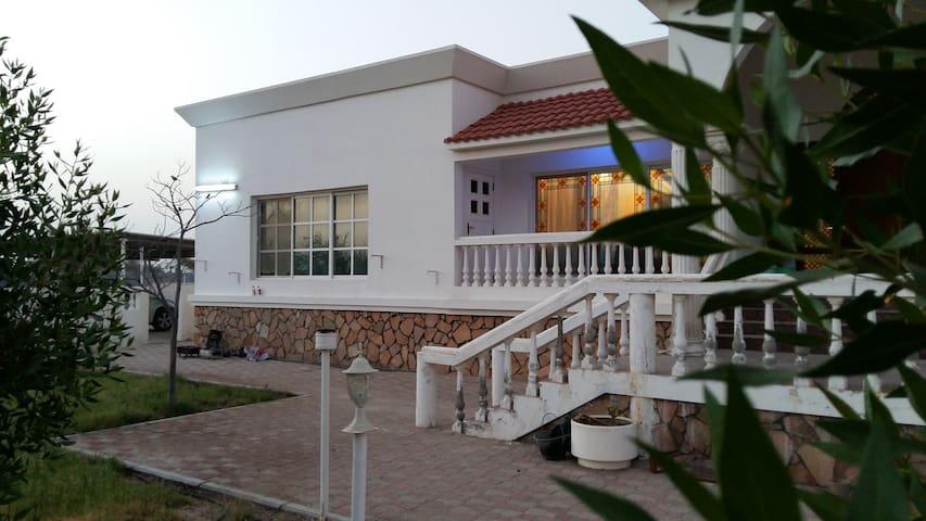 Al Bader Farm Villa