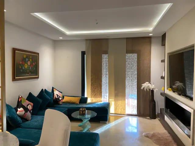 Casa Ayden: a Luxurious Appt in Prestigia-Hay Riad