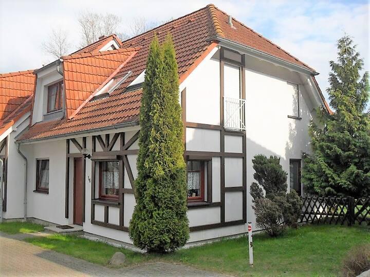 FeWo auf Rügen-Ostsee MODERN/W-LAN/ KINDER/ STRAND
