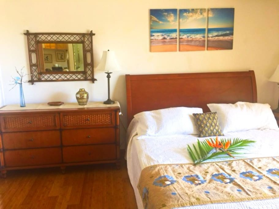 King Bed and Dresser with Tropical Decor