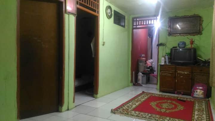 kamar di Jati Waringin jakarta