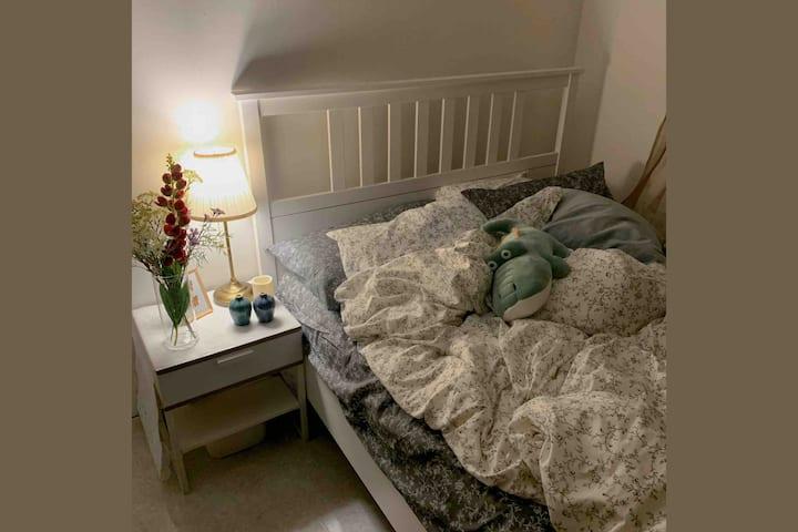 [홍대입구역 도보 1분] AMORE MIO View & Cozy house