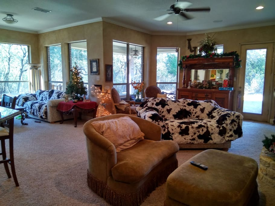 Country Living City Close Western Room Houses For Rent In Fort Worth Texas United States