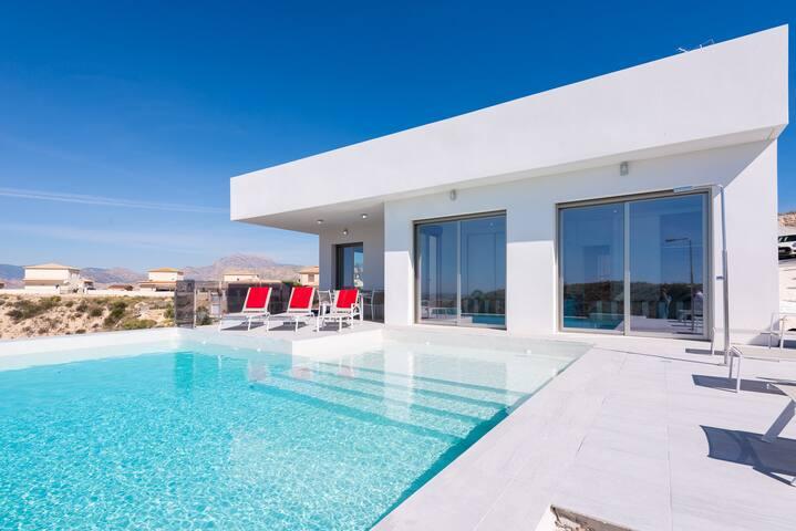 Luxury Villa/ Desinfeccion Certificada y Delivery