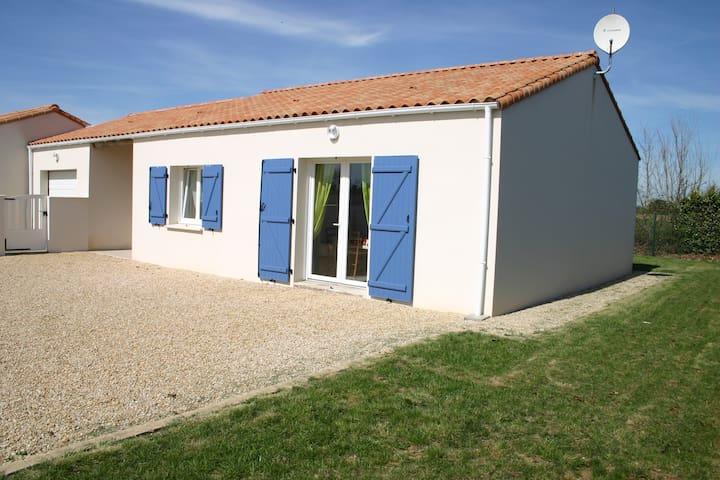 Agréable maison pour 8 personnes - Longeville-sur-Mer - Casa