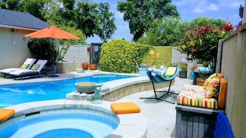 Cool Casual Ca Living!  Pool/Jacuzzi Home