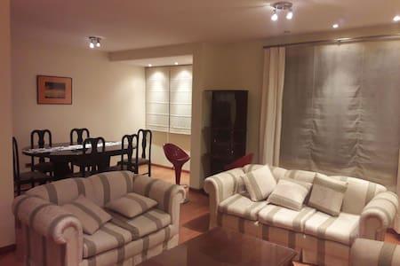 Comodo apartamento en la zona Sur. - Calacoto, San Miguel