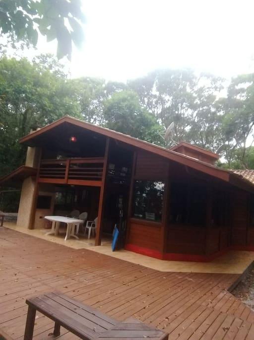SUNSET HOUSE ILHA DO MEL - no pé da areia - Nova Brasilia