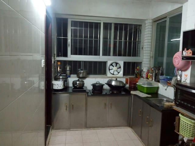 温馨3居室,停车方便 - 江门市新会区 - Pis