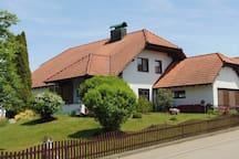 """""""Natur & Ruhe""""  (10 km zur Kreisstadt Sigmaringen)"""