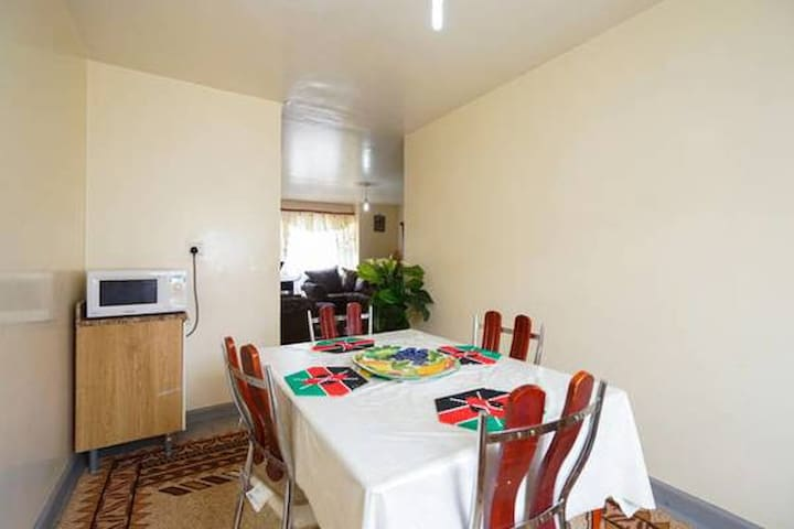 SAFE HAVEN NEAR AIRPORT AND SGR(FREE WIFI)