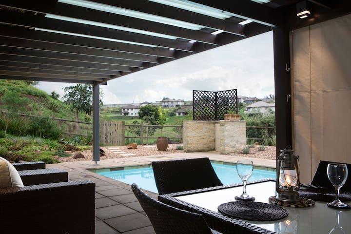 Private garden cottage,secure Hillcrest eco-estate