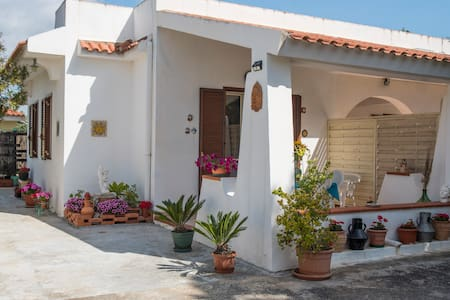 HolidayHome FontaneBianche SoleMare