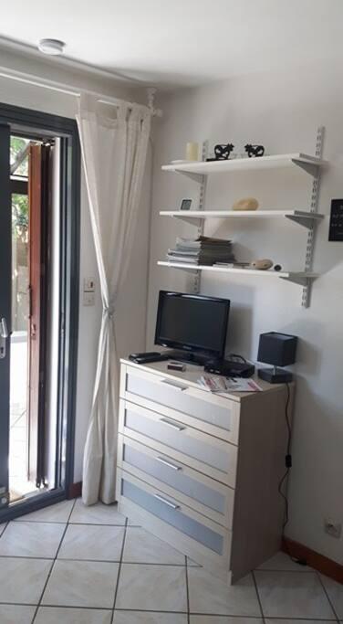 petite maison 150m de l 39 oc an h user zur miete in soulac sur mer nouvelle aquitaine frankreich. Black Bedroom Furniture Sets. Home Design Ideas