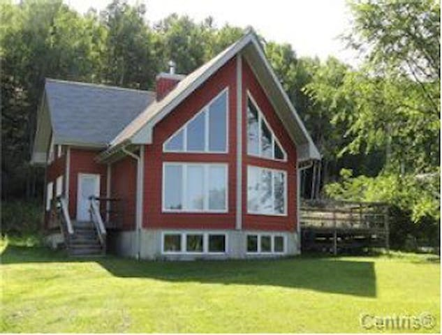 Lac Sainte Marie - Lake Access, Golf, Mt. Biking - Lac-Sainte-Marie - House