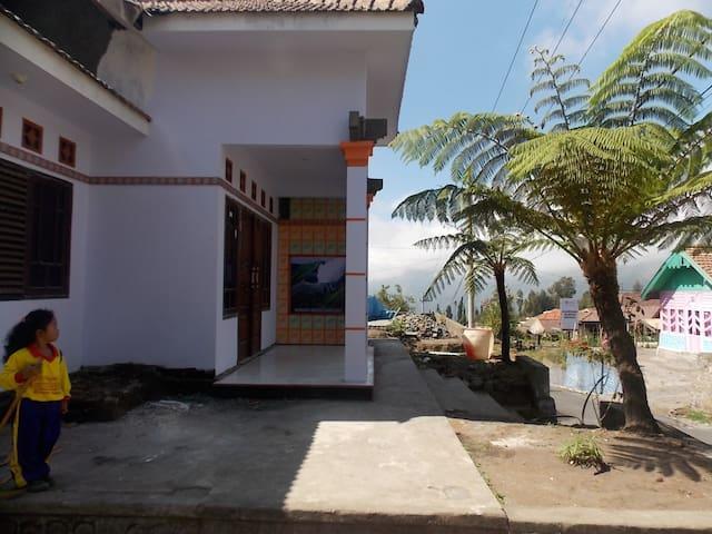 Villa / Penginapan Anggun 6 Wisata Gunung Bromo - Sukapura - Leilighet