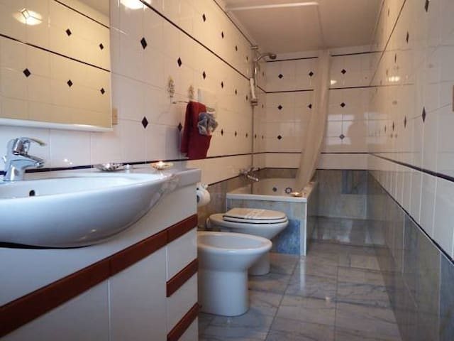 Holiday home just 800 meters from the Arena - Verona - Dům