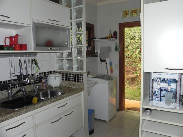 Sua casa na montanha - Domingos Martins - Hus