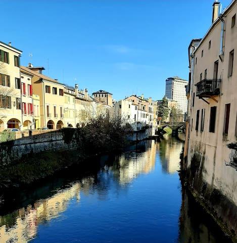 Camera doppia nel cuore di Padova - bagno privato