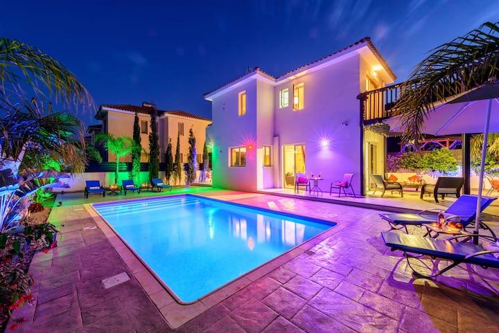 Villa Andreas - honeymoon villa with sea views
