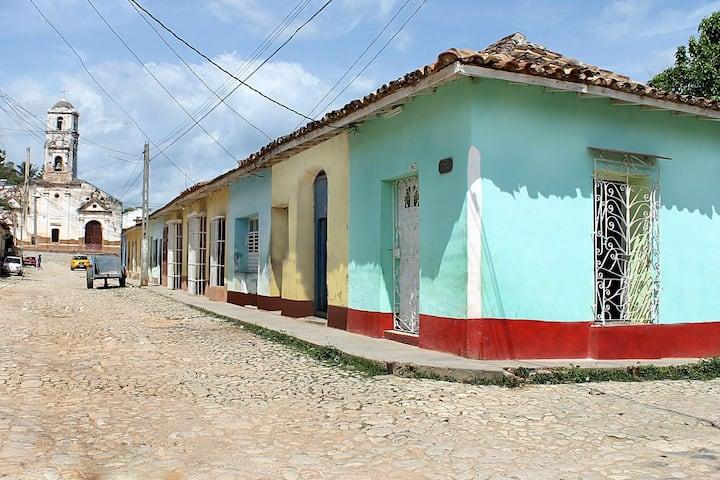 Hostal Canuba (casa independiente)