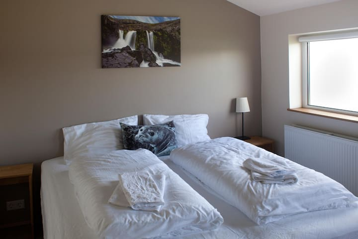 Guesthouse Svínavatn - Double or Twin Room with Private Bathroom