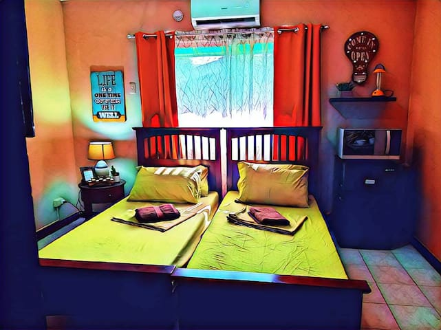 C3 #D*Dumaguete*Carlo's Place: Private Room +wifi