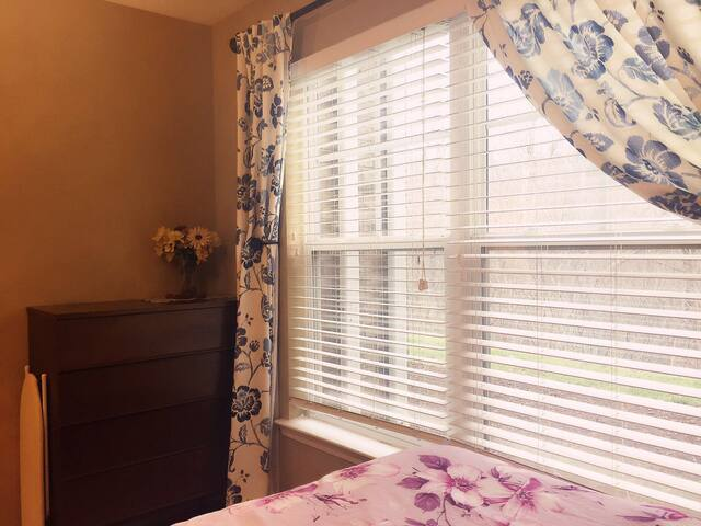 Cozy unit near UT downtown malls - Knoxville - Pis