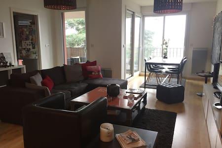 Appartement cosy et lumineux avec terrasse - Chantepie