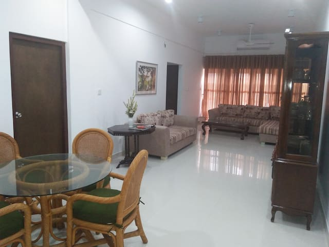 STABLE VIEW APARTMENT, NUGEGODA, SRI LANKA