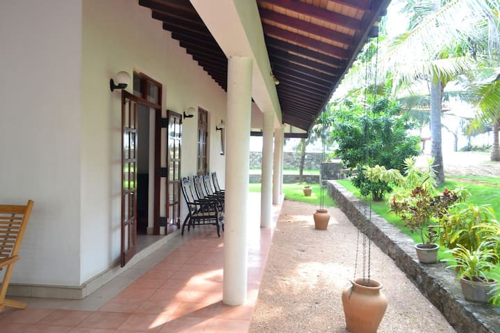 Beach House Rooms in Negombo - Negombo - Outro