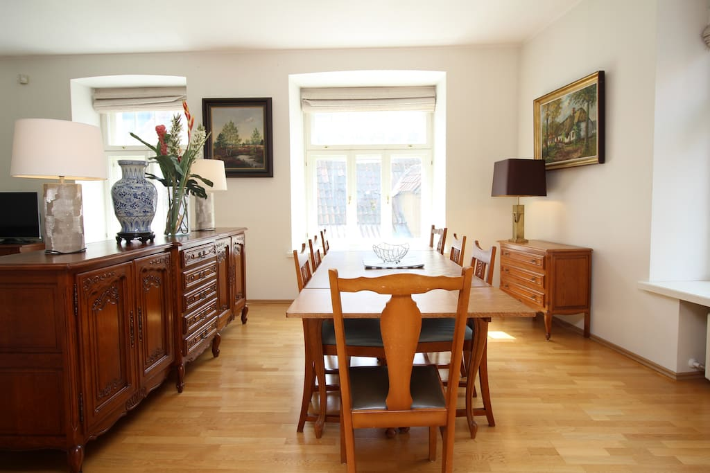 Large dining area for 8