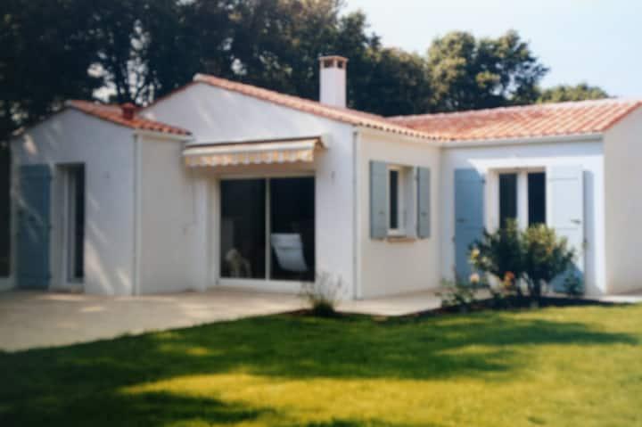 Villa passe du Treuil 50 m to beach