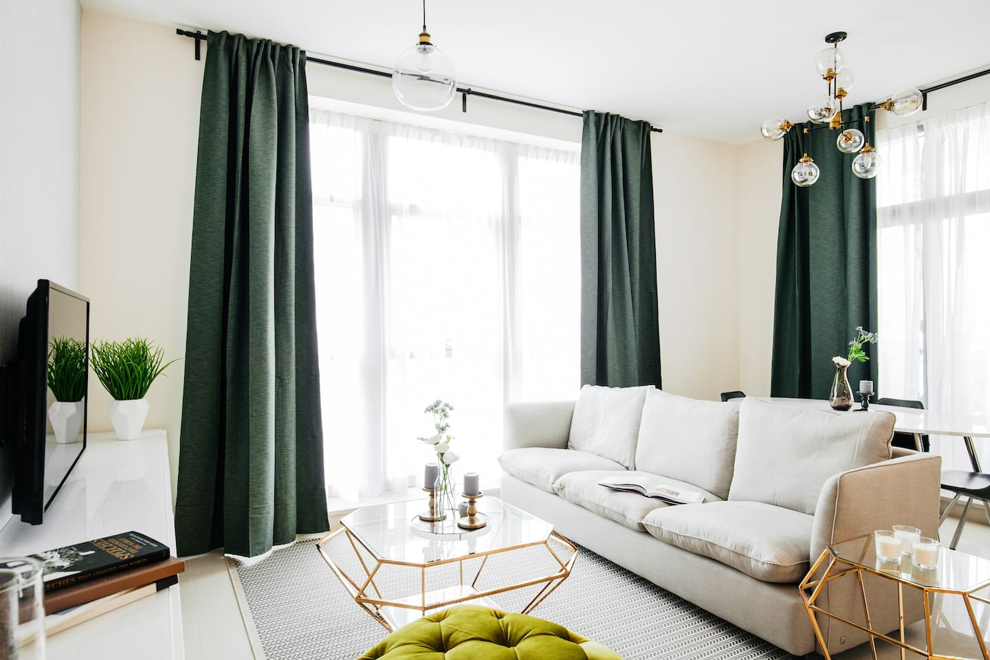 Design accents on point in the Living Space