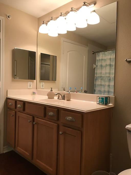 Double entrance master bathroom